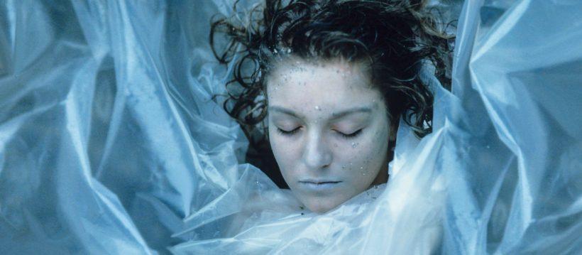 Twin Peaks Halloween costume Laura Palmer dead wrapped in plastic